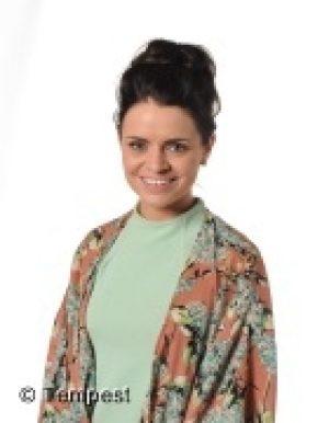 Miss L McNally